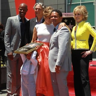 Keenen Ivory Wayans, Gregory Nava, Max Anthony, Jennifer Lopez, Benny Medina, Jane Fonda in Jennifer Lopez Is Honoured with The 2,500th Star on The Hollywood Walk of Fame