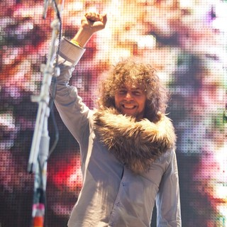 Wayne Coyne, The Flaming Lips in Wayne Coyne Performing at Live from Jodrell Bank