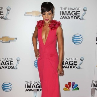 Wendy Raquel Robinson in The 44th NAACP Image Awards