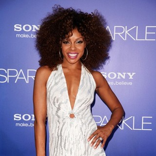Wendy Raquel Robinson in The Los Angeles Premiere of Sparkle - Inside Arrivals