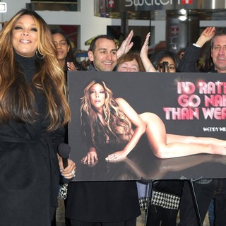Wendy Williams in Wendy Williams Unveils Her Nude PETA Campaign