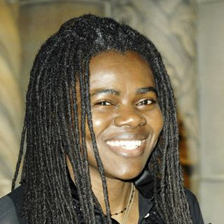 Tracy Chapman in amfAR Gala Honoring John Demsey, Whoopi Goldberg and Bill Roedy - wenn1095159