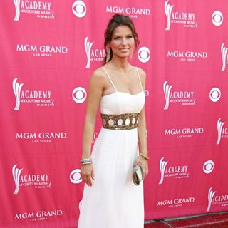 Shania Twain in The Academy of Country Music Awards - Arrivals