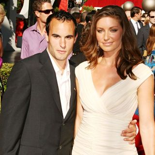 Landon Donovan, Bianca Kajlich in 2007 ESPY Awards - Arrivals