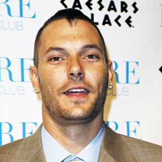 Kevin Federline in Welcomes The Milestone Of Turning 30