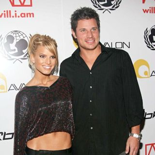 Jessica Simpson, Nick Lachey in The Arrivals for The will.i.am Music and RBK Group Presents A Tsunami Benefit Concert