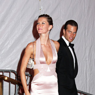 Gisele Bundchen, Tom Brady in 'Superheroes: Fashion and Fantasy' Costume Institute Gala - Departures