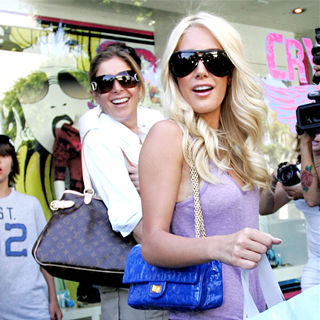 Heidi Montag - Heidi Montag and Her Mother Are Surrounded by Photographers and Fans as They Leave Kitson