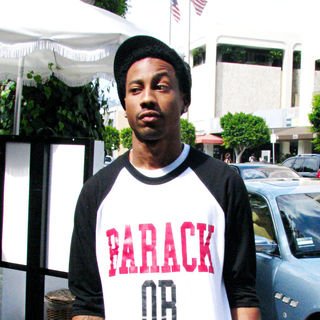 Brandon T. Jackson in Brandon T. Jackson outside The Ivy restaurant wearing a 'Barak or Die' t-shirt