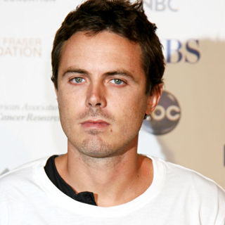 Casey Affleck in Stand Up 2 Cancer