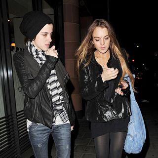 Samantha Ronson, Lindsay Lohan in Lindsay Lohan and Samantha Ronson Leaving Cipriani Restaurant Together
