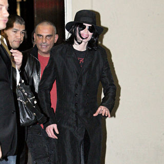 Michael Jackson in Michael Jackson visits Rodeo Drive with Christian Audigier to shop at Dior and Dolce & Gabbana