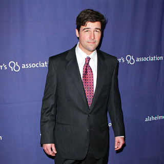 "Kyle Chandler in The Alzheimer's Association's 17th Annual ""A Night at Sardi's"""