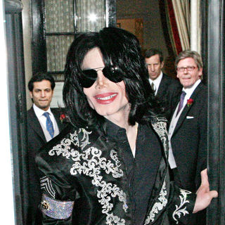 Michael Jackson in Michael Jackson leaving his hotel before announcing a residency