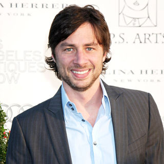 Zach Braff in The 14th Annual Los Angeles Antiques Show Opening Night Preview Party Benefiting P.S. Arts