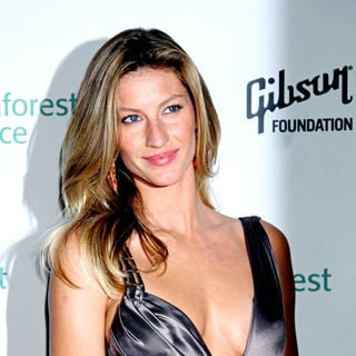 Gisele Bundchen - Rainforest Alliance 2009 Annual Gala