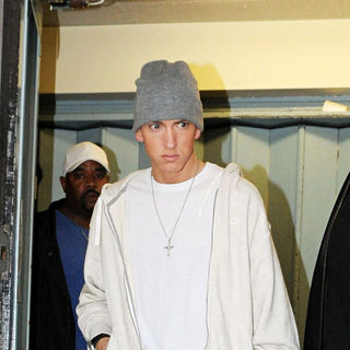 Eminem in Eminem leaving a recording studio
