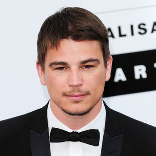 Josh Hartnett in 2009 Cannes International Film Festival - Day 9 - amfAR Cinema Against AIDS 2009 Cocktail Party