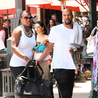 Serena Williams, Common in Serena Williams took along Common to shop for sexy underwear