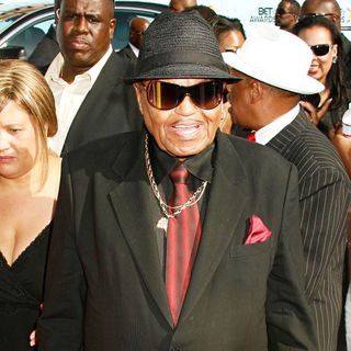 Joe Jackson in 2009 BET Awards - Arrivals