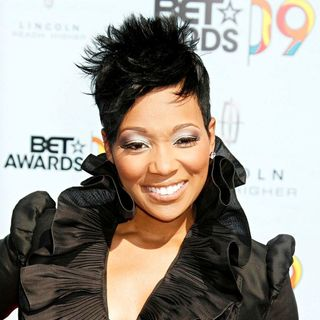 Monica in 2009 BET Awards - Arrivals
