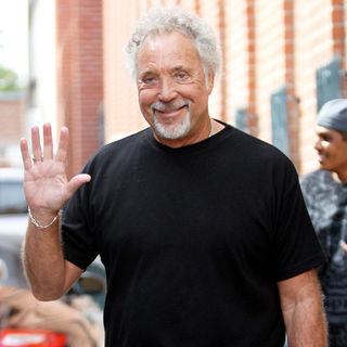 Tom Jones Leaving a Doctors Office in Beverly Hills