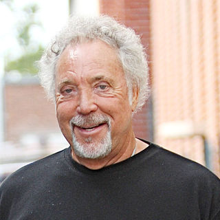Tom Jones - Tom Jones leaving a doctors office in Beverly Hills