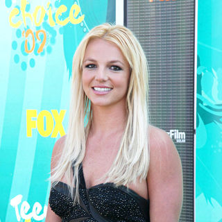 Britney Spears - Teen Choice Awards 2009 - arrivals