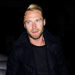Ronan Keating, Boyzone in Ronan Keating Arrives Back at His London Hotel