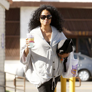 Diana Ross Wearing An Oversized Grey Cardigan Leaves Taco Bell in Hollywood with A Drink