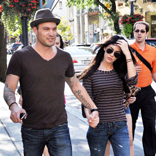 Brian Austin Green, Megan Fox in Brian Austin Green and Megan Fox Go for Sushi