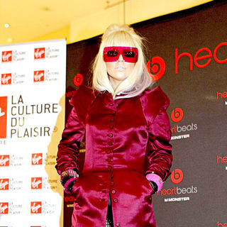 Lady GaGa - Lady Gaga makes an instore appearance to promote her range of headphones 'Heartbeats By Lady Gaga'