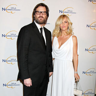 Jim Carrey, Jenny McCarthy in 2009 UCLA Department of Neurosurgery's Visionary Ball