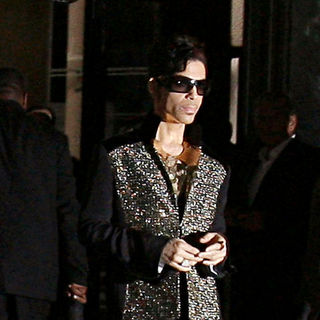 Prince in Paris Fashion Week Spring/Summer 2010 Ready To Wear - Yves Saint Laurent - Pret A Porter - Outside