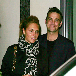 Ayda Field, Robbie Williams in Robbie Williams and Ayda Field Leaving A Hotel in Soho