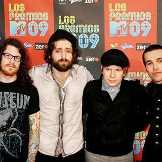 Fall Out Boy in Los Premios MTV 2009 - Arrivals