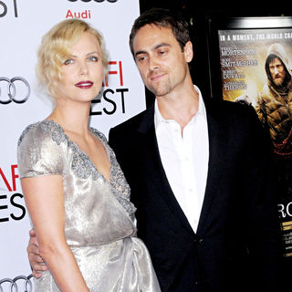 Charlize Theron, Stuart Townsend in 2009 AFI Fest screening of 'The Road' - Arrivals