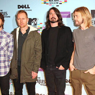 Foo Fighters in The 2009 MTV European Music Awards (EMAs) - Arrivals