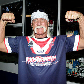 Hulk Hogan in Hulk Hogan Visits The Sydney Roosters Rugby Team at Sydney Football Stadium