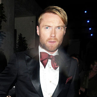 Ronan Keating, Boyzone in Ronan Keating leaves the May Fair hotel smartly dressed