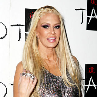 Jenna Jameson in Tito Ortiz hosts an after fight party
