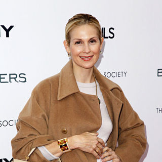 Kelly Rutherford in The Cinema Society, Details and DKNY Men screening of 'Brothers' - arrivals