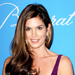 Cindy Crawford in UNICEF Ball Honoring Jerry Weintraub