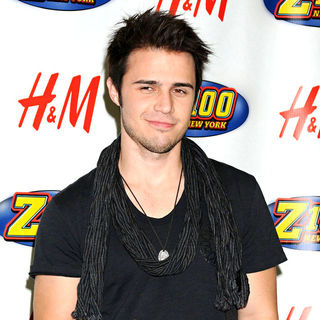 Kris Allen in Z100's Jingle Ball 2009
