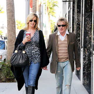 Rod Stewart - Penny Lancaster and Rod Stewart Holding Hands While Out and About in Beverly Hills