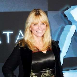 "Cheryl Tiegs in Los Angeles Premiere of ""Avatar"""