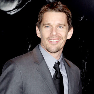 "Ethan Hawke in NYC Premiere of ""Daybreakers"" - Red Carpet"