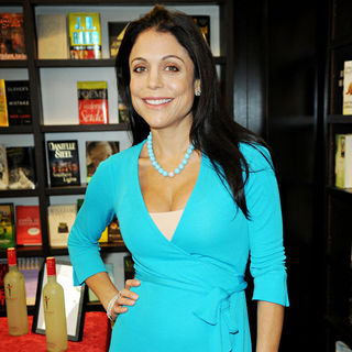 Bethenny Frankel in Bethenny Frankel Presents Her Book 'The Skinnygirl Dish'
