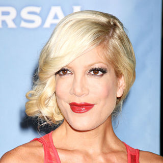 Tori Spelling in The NBC Universal Winter Press Tour cocktail party