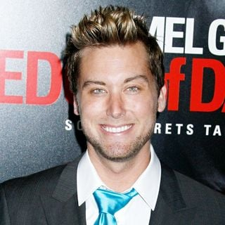 Lance Bass in Los Angeles premiere of 'Edge of Darkness'